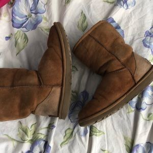 UGG Shoes - Worn uggs